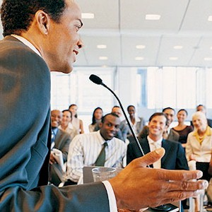 how to become a confident public speaker